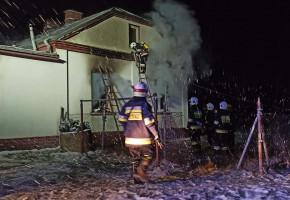 Kobylanka. Nocny pożar domu-9081