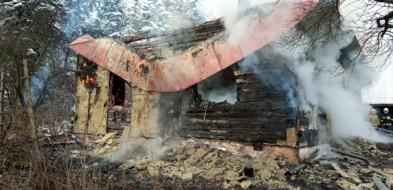 Szymbark. Nastolatka zginęła w pożarze domu-9116