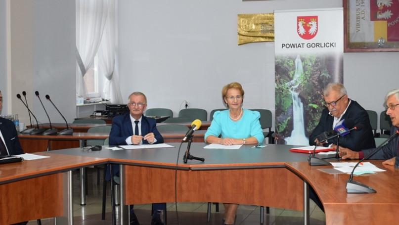Konf.  prasowa z udziałem Starosty Powiatu Gorlickiego